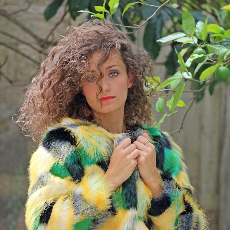 foto copertina Chiara Angiolino intervista