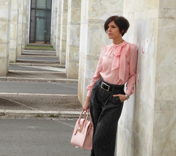outfit rosa civetta stilosa
