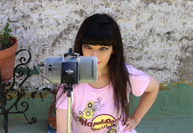 blogger Carmen Cotugno selfie