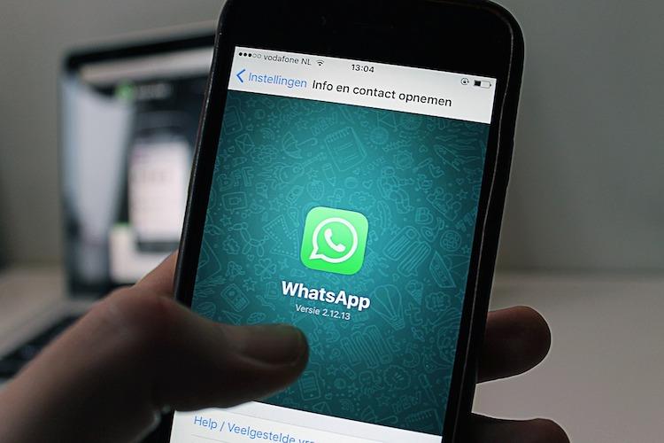 scoperta falla su WhatsApp chat di gruppo