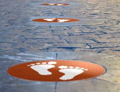 adesivi per pavimento