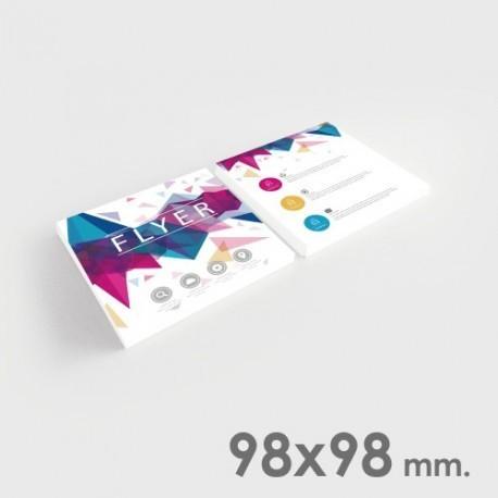 Volantini formato 98x98 mm.